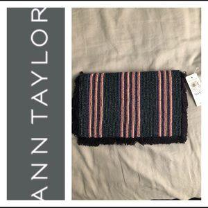 Ann Taylor beaded clutch woman's 10 x 6 in